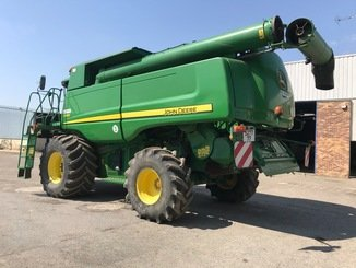 Moissonneuse batteuse John Deere S 690 - 5