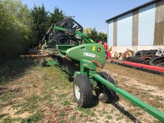 Moissonneuse batteuse John Deere S 690 - 8