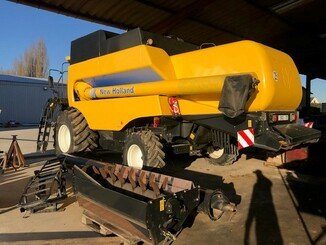 Moissonneuse batteuse New Holland CS 6080 - 4
