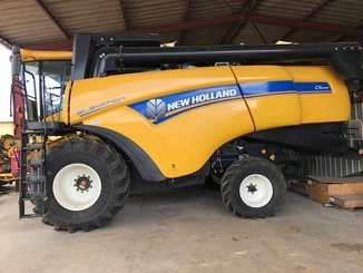 Moissonneuse batteuse New Holland CX 6090 - 1