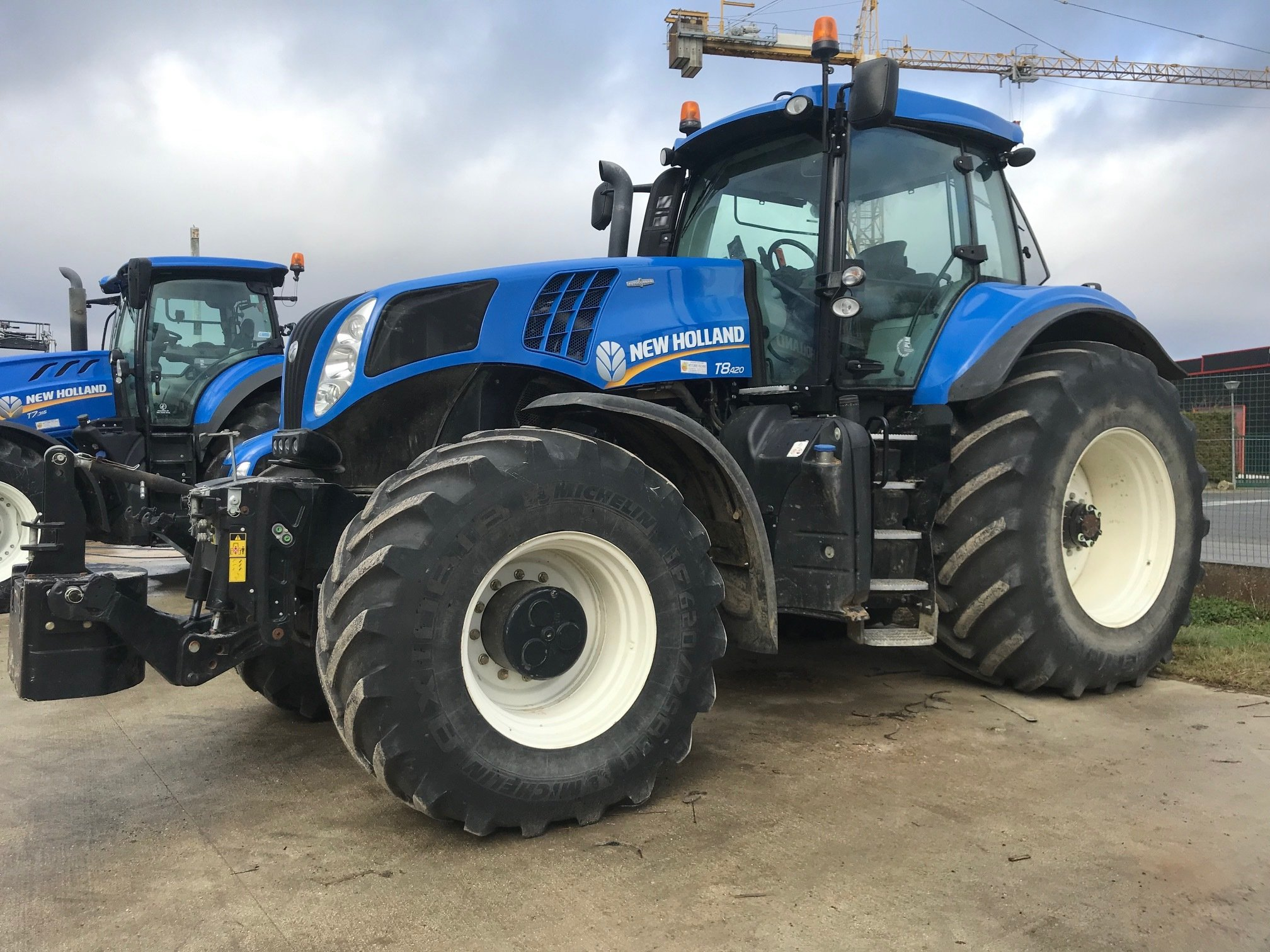 Tracteur agricole New Holland T8.420 - 1