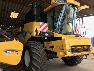 Moissonneuse batteuse New Holland CX 6090 - 2