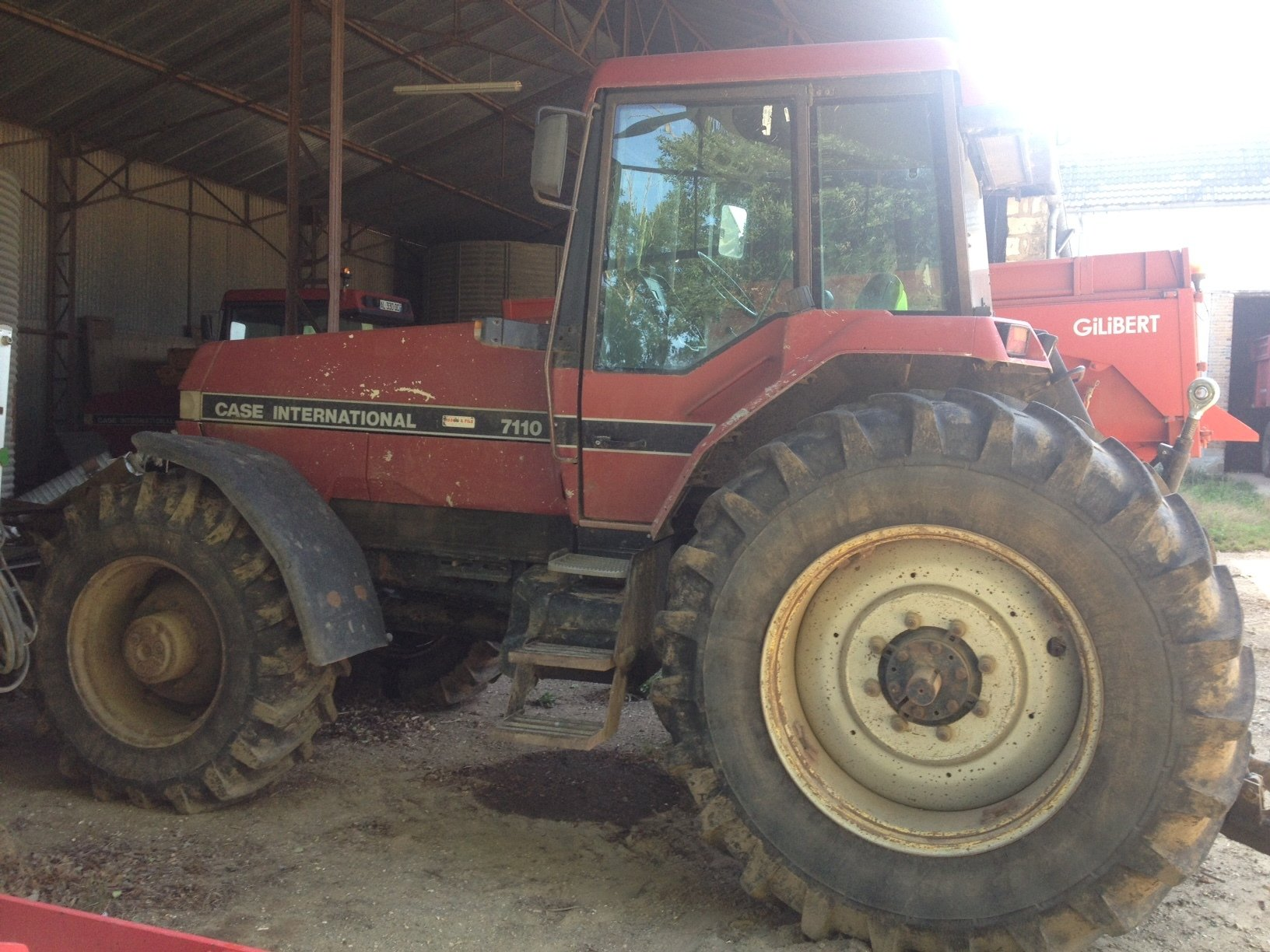 Tracteur agricole Case IH 7110 - 1