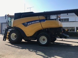 Moissonneuse batteuse New Holland CR 9070 - 6